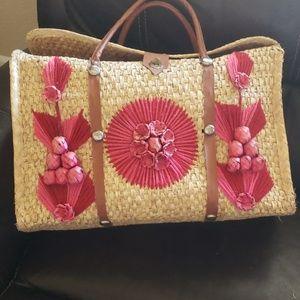 Vinrage Pink flower wicker bag large